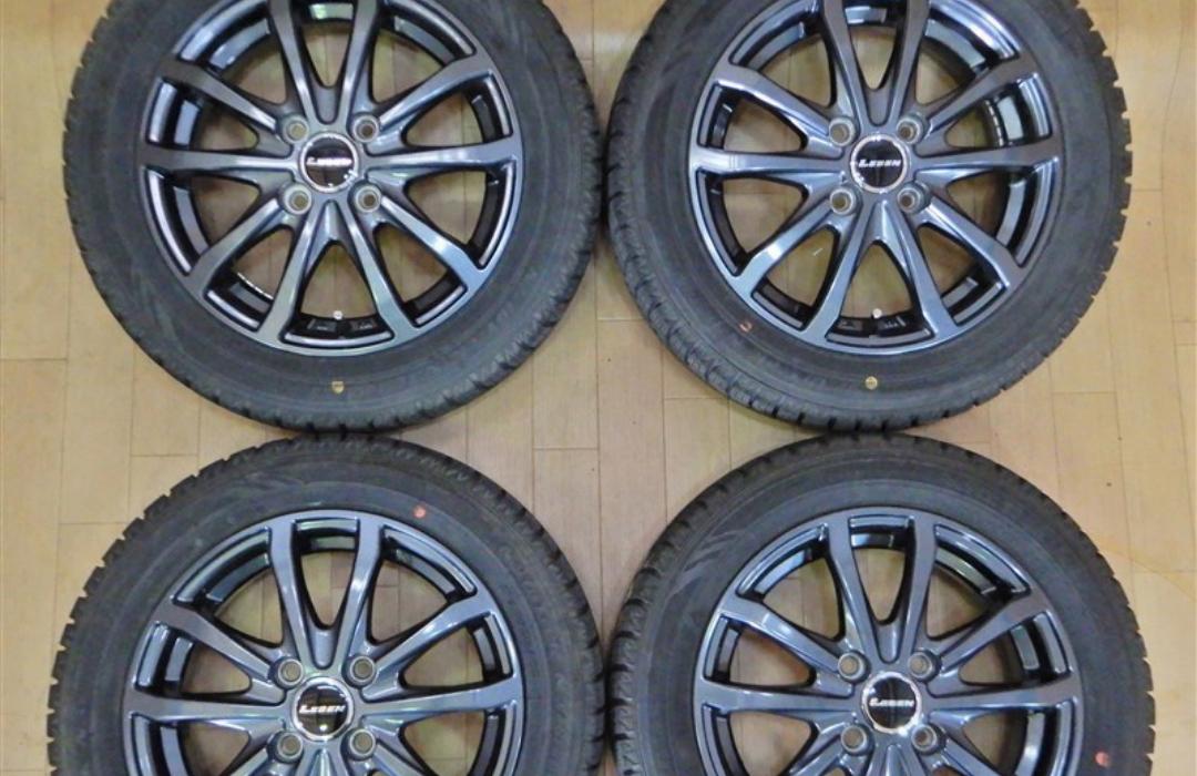 スタッドレスタイヤは冬の必需品