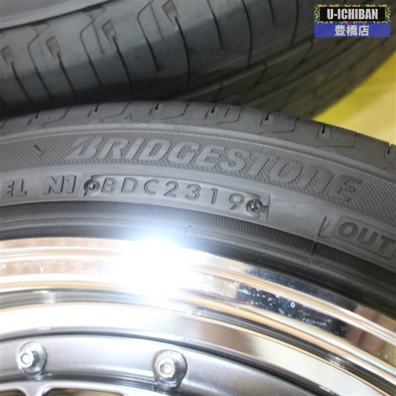 アウターリムは眩い輝き、タイヤは2019年製造のレグノ